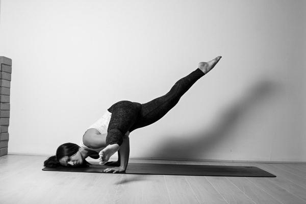 yoga, yogi, pilates, stretching, body, workout, healthy, yin, prenatal, postnatal, workout